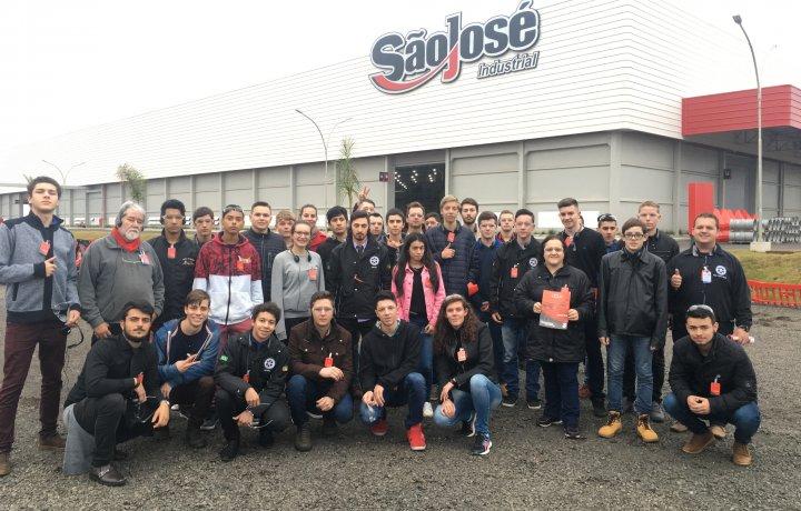 Visita técnica Escola ETE - Ijuí - RS